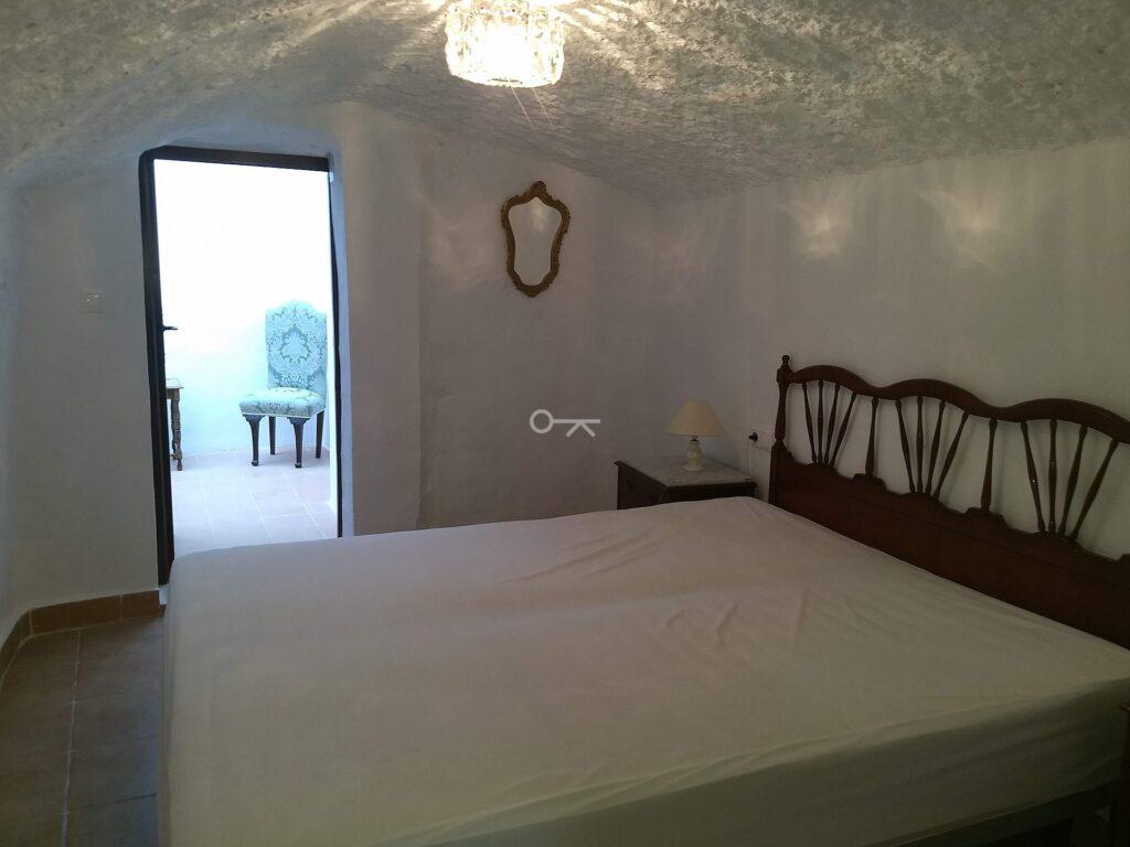 Villa Hondón de las Nieves 5004